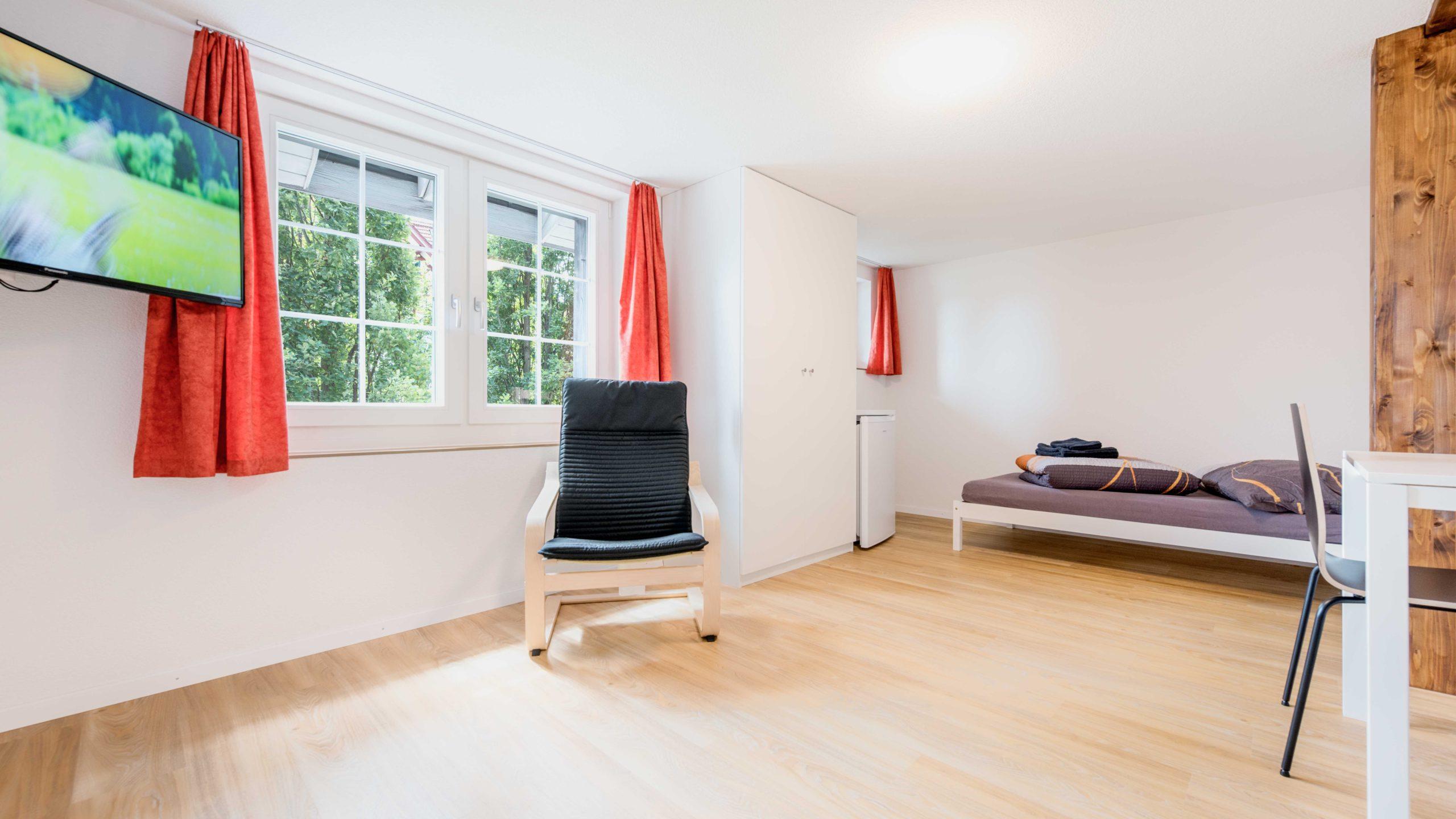 Zürichstrasse 17-8932-Mettmentstetten-Erdgeschoss-Zimmer 3-1